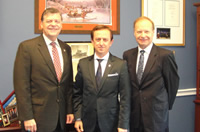 Rep. Tom Cole (R, OK) met with Prof. M. Sahin in a meeting arranged by TCA.